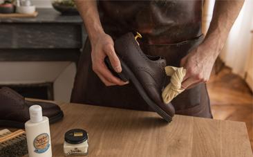 Nettoyage cuir gras